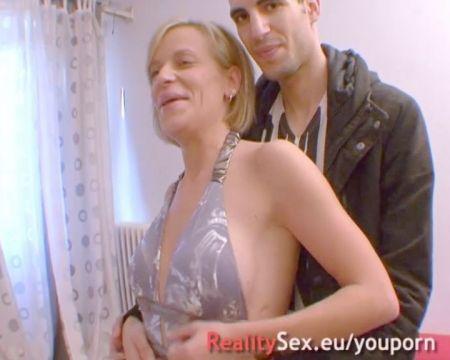 Espiando A Jovencitas Cuando Se Masturban En El Baño O En Su Cuarto