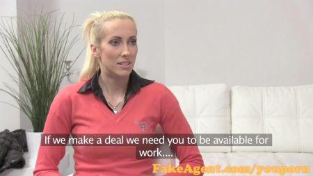 Video De Mujer Policía En Casa De Empeños