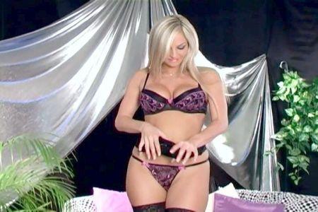 Videos De Esposa Puta Sylvia Marriot