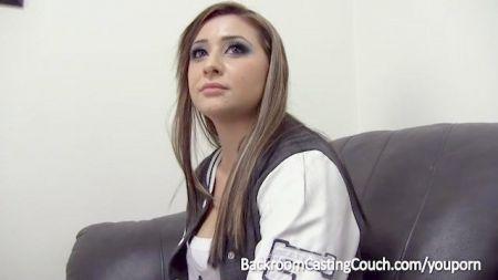 Hot Sensual Girl En La Ducha