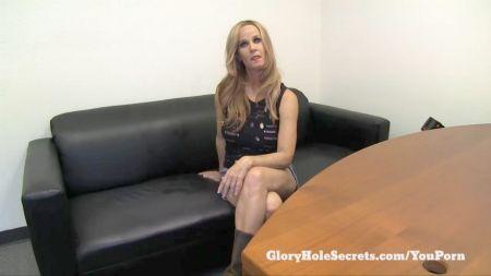 Una Mujer Se Viste Como Misty Tiene Sexo Con Un Hombre