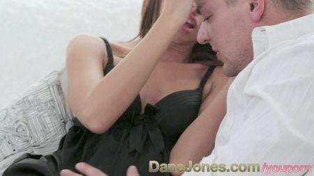 Mujer Disfruta Lapoya Desu Marido