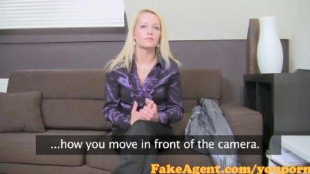 Alexis Folla A Su Jefe En La Oficina Xvideos Com