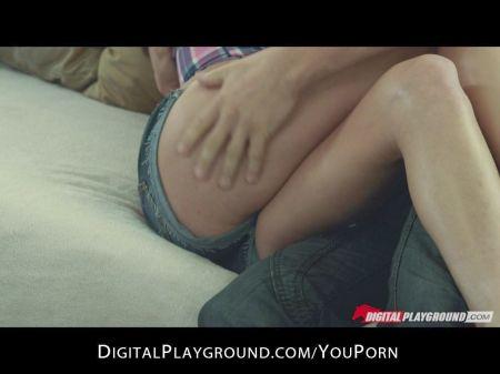 Videos Emily 18 Desnudas