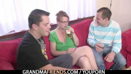 Videos De Lesbianas Madura Seduciendo Putas Jovenes