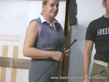 Ginna Masturbandose Sexy Con Una Vela