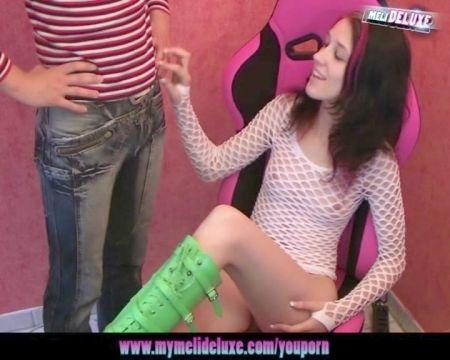 Chica Rusa Follada Por Varios