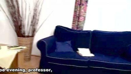 Video En Baja Calidad De Chicas Follando