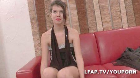 Tetas Grandes Busty Brunette Webcam
