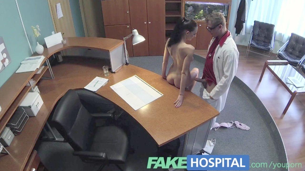 follada brutal de gay con culo rosado