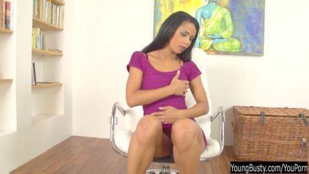 Angelina Castro Y Su Vagina Xxx