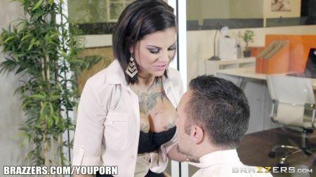 Petarda Angela Valentino Follando Duro X La Vagina Penes Muy Gruesos