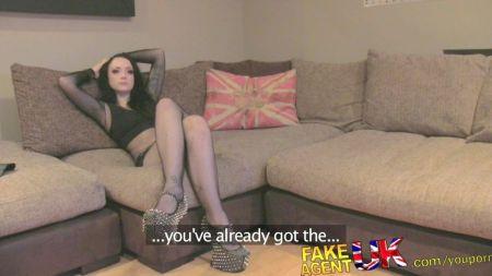 Chica Rubia Sexy Teniendo Orgasmos Por Un Minuto