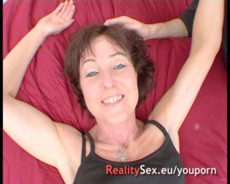 Beso De Lengua Con Rusa Desnuda