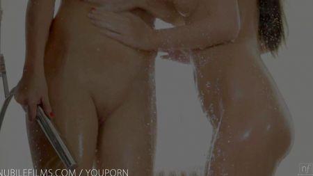 Lesbianas Viejas Con Chica Ass Licking