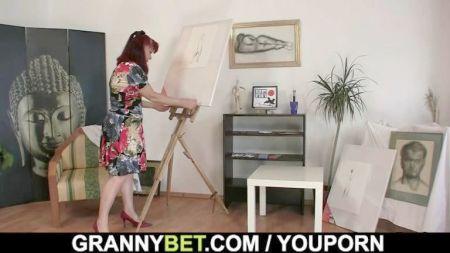 Brandi Mae Mostrando El Clitoris