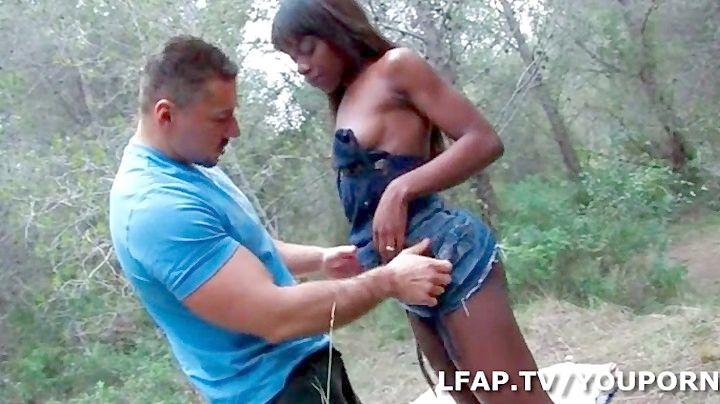 Negro y dos viejas porno Gordita Bbw Con Negro Video Porno