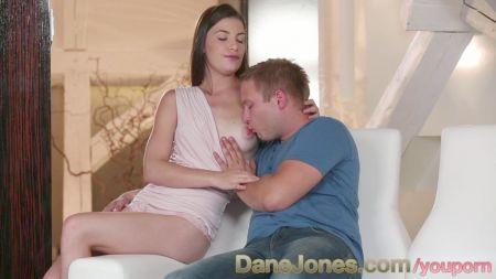 Pezones De Una Mujer Embarazada