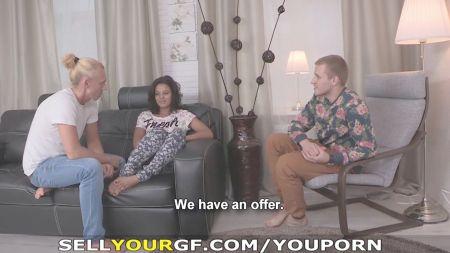 Mujeres Estirandose La Vajina