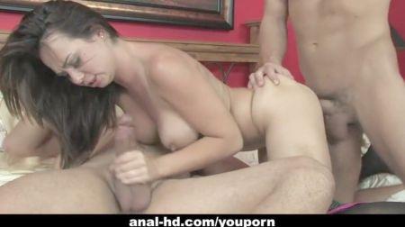 Videos Caseros Ocultos Gratis De Parejas A Mateur Teniendo Sexo En Las Escaleras Y Asensor