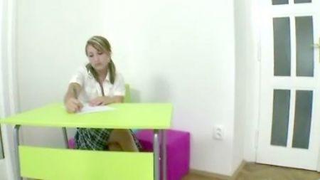 Videos De Maduras Masturbandose Con Dildo Mirando