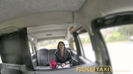 Videos Kristina Rose Secretaria Sumisa Follando Con Su Jefe En La Oficina