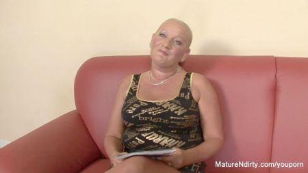 Lesianas Maduras Besando A Teens In Webcam
