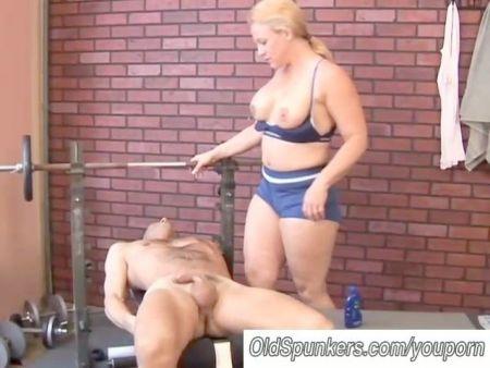 Videos De Chicas Flexibles Desnudas