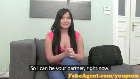 Masturbacion Con Consolador Viendo