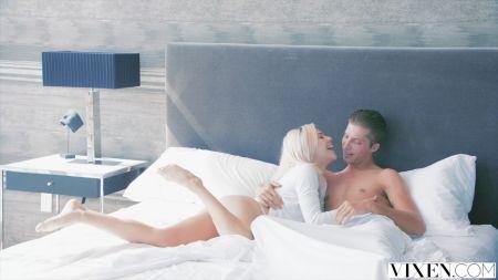 Mujeres Desnudas Teniendo Sexxo Lesbico