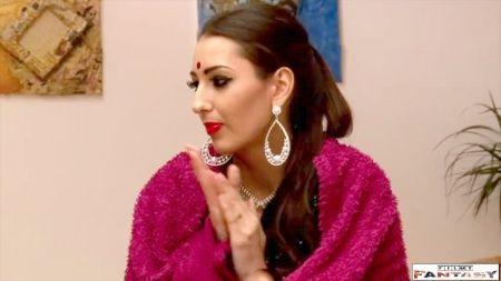 Videos De Mujeres Jugando Con Saliba