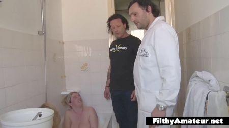 Chica Follada Por Desconocido En El Baño