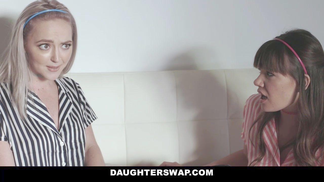 masajes eroticos de dos lesbianas japonesas pege