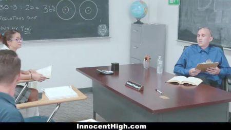 Star Rocco Taño En Gang Bang En Piscina A Dos Hermosas Chicas Xxx