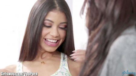 Xxx Joven Latina Adora Las Pollas Isabella De Santos