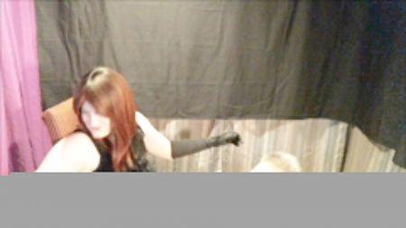 Mi Mujer Exhibiendose Desnuda Con Desconocidos Y Simulando Que No Se Da Cuenta