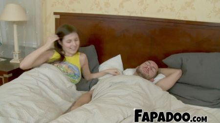 En Familia Papá Y Hija Mamá Y Hijo