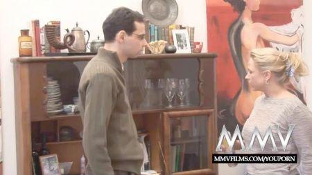Videos Lesbico Beso Ombligo