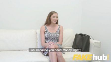 Chica Rusa Complace A Su Marido Teniendo Sexo Con Otro Hombre