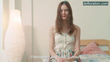 Ver Video De Jovencita Anal Virgen En El Colegio