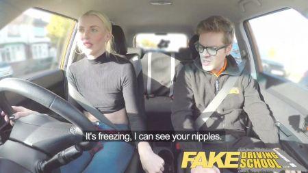 Sexo Anal Con Una De Blusa Amarilla En Pisina